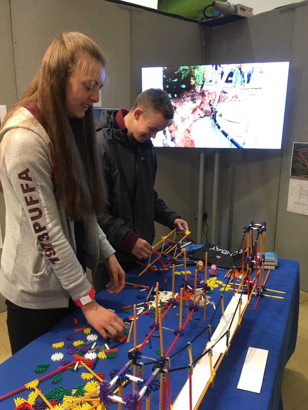 Sophie Hoare and Lorcan Frewin try their hand at bridge engineering