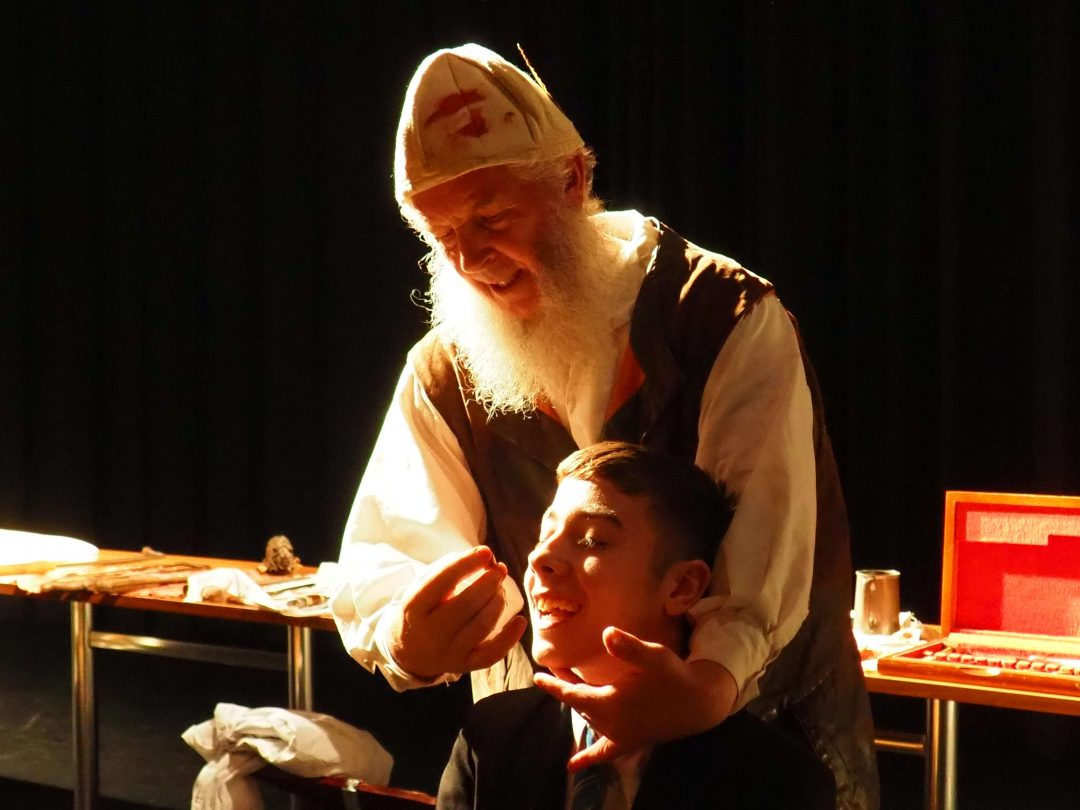 The Barber Surgeon explained the workings of seventeenth century dentistry and how tooth extractions were carried out