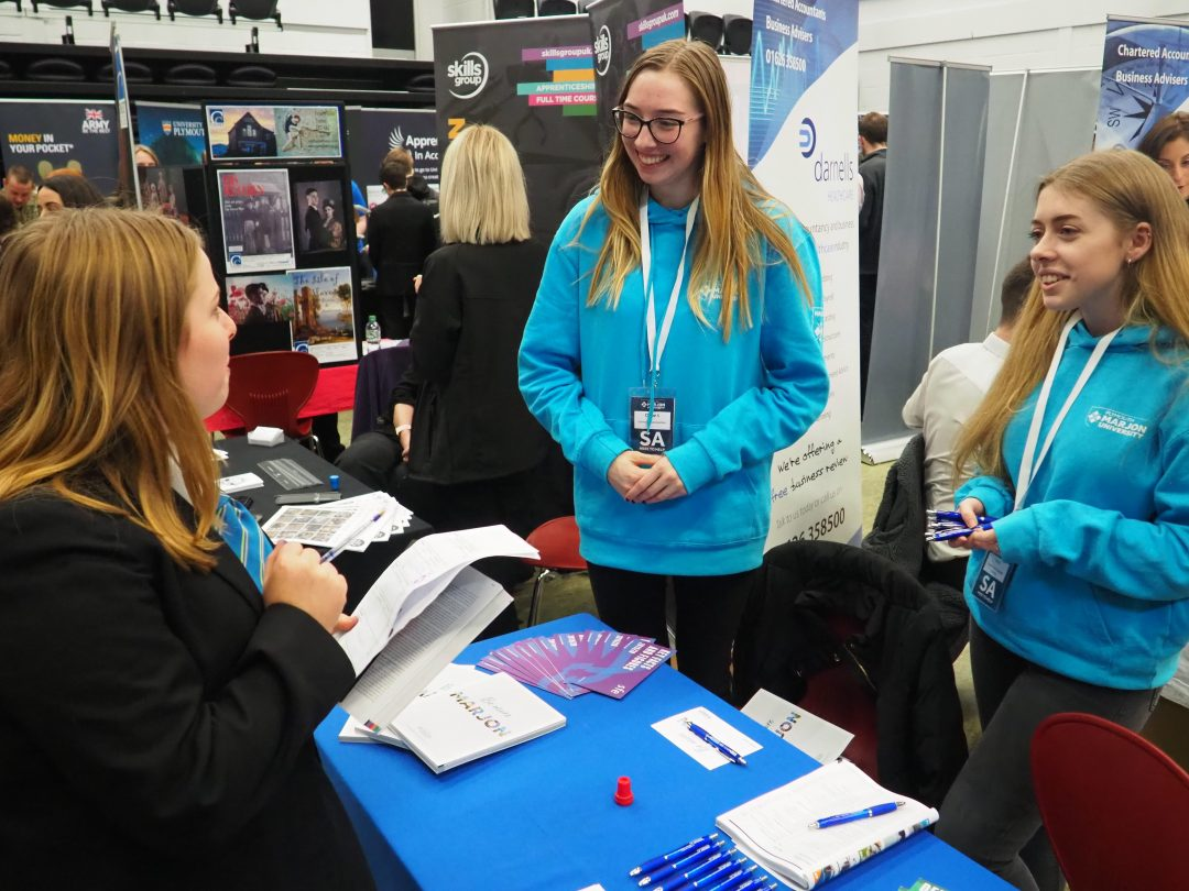 Students had the opportunity to meet and talk with over 4o exhibitors
